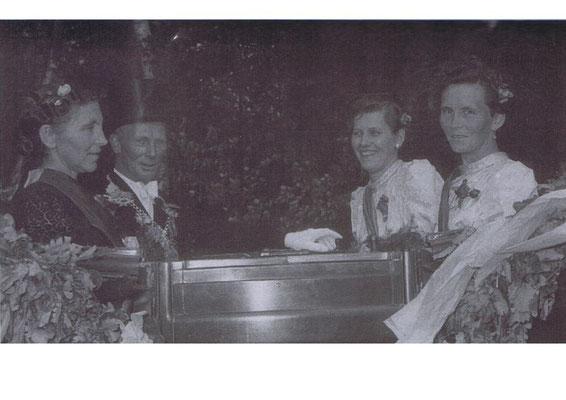 1955/56: Hermann und Johanna Klären