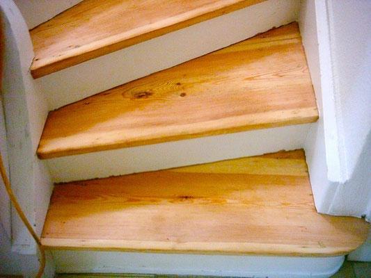 Wasserlack Ultracoat Easy 30 Mapei auf Treppen
