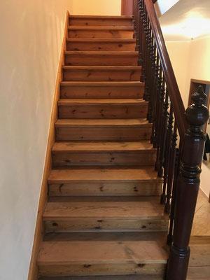 Treppe Dielen schleifen Kurfürstenstrasse Lankwitz Berlin