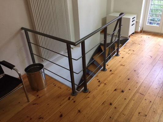 dielen schleifen bergstrasse mitte berlin dielendesign. Black Bedroom Furniture Sets. Home Design Ideas