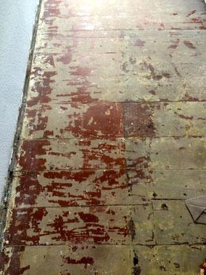 Dielen mit Ochsenblut und Ausgleichmasse schleifen, Jahnstrasse, Kreuzberg, Berlin
