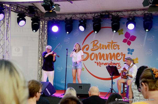 Zoe live in Korneuburg