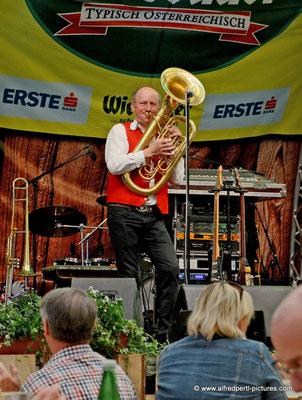 Die Fidelen Mölltaler auf der Wiener Wiesn 2015