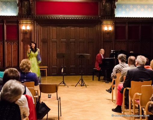 Frühlingslieder aus Klassik, Operette und Wienerlied im Rahmen der Korneuburger Kultur- und Musiktage.