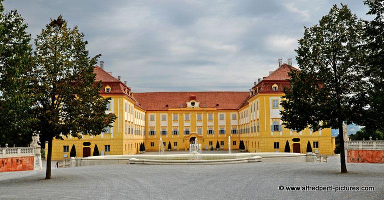 Schloss Hof im Marchfeld
