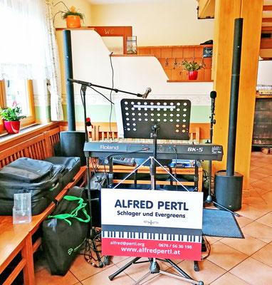 ALFRED PERTL bei einer privaten Feier in Bisamberg