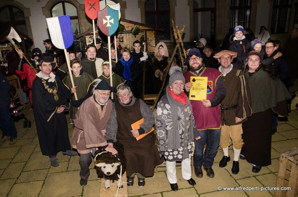 Abschlusskundgebung beim 4. Mittelalterlichen Adventmarkt in Korneuburg
