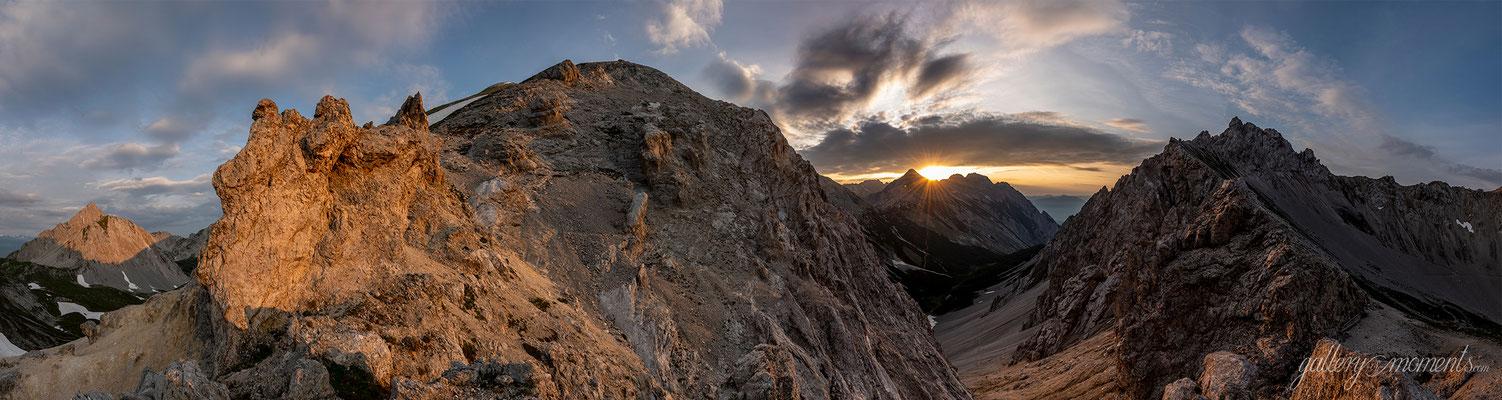 Sonnenaufgang hinter dem Stempeljoch im Karwendel / Tirol (Bildnummer 8504684)
