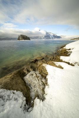 Eis am Ufer des Walchensee I