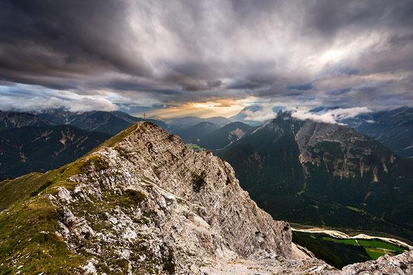 Brunnsteinspitze mit Lichtstimmung / Österreich (Bildnummer 819090)
