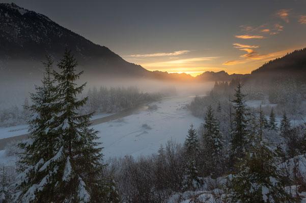 Sonnenuntergang im Winter an der Isar / Deutschland (Bildnummer 7001748)