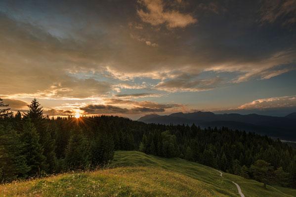 Sonnenuntergang vom Mittenwalder Kranzberg / Deutschland (Bildnummer 756243)