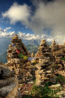 Steinmännchen auf dem Gipfel des Schafreuter / Deutschland (Bildnummer 110801_8675)