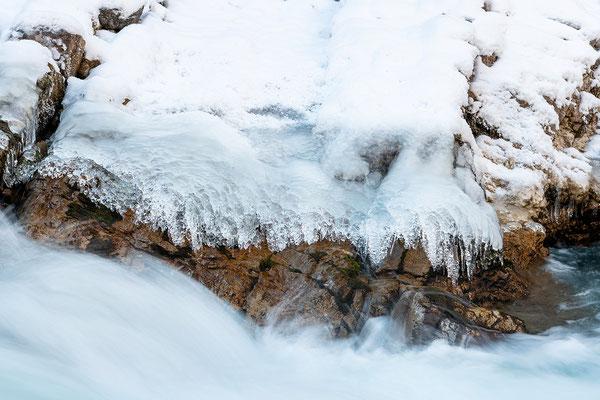 Eis, Fels und Gischt am Rissbach III