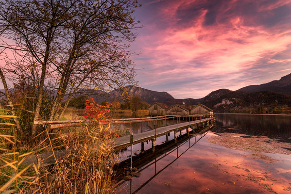Fischerhütten am Kochelsee nach Sonnenuntergang / Deutschland (Bildnummer 9249)