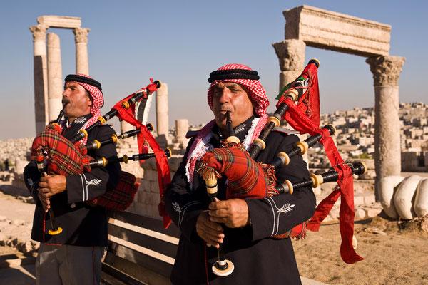 Traditionelle Duddelsackspieler in Amman / Jordanien (Bildnummer 101006_2433)