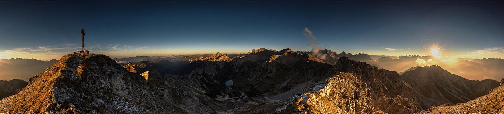 Sonnenuntergang von der Schöttelkarspitze / Deutschland (Bildnummer 181009)