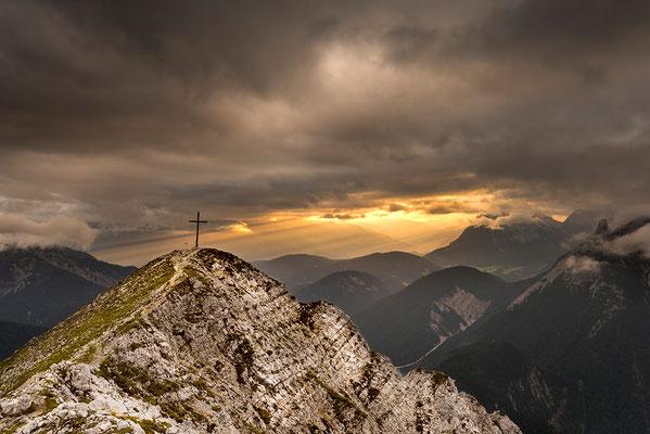 Brunnsteinspitze mit Lichtstimmung / Österreich (Bildnummer 819106)