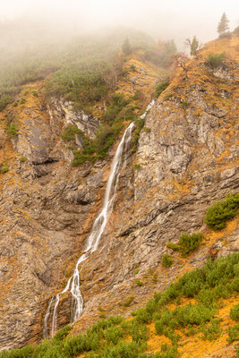 Herbstlicher Wasserfall im Karwendel II