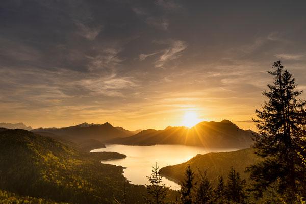Sonnenuntergang am Herzogstand mit Walchensee / Deutschland (Bildnummer 815621)