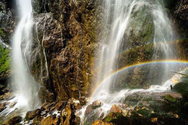 Regenbogen am Wasserfall II