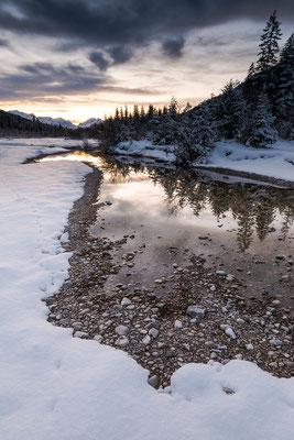 Winterliches Abendlicht in den Isarauen I (Bildnummer 810871)