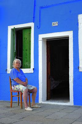Lieblingsfarbe Blau / Italien (Bildnummer 110818_9391)