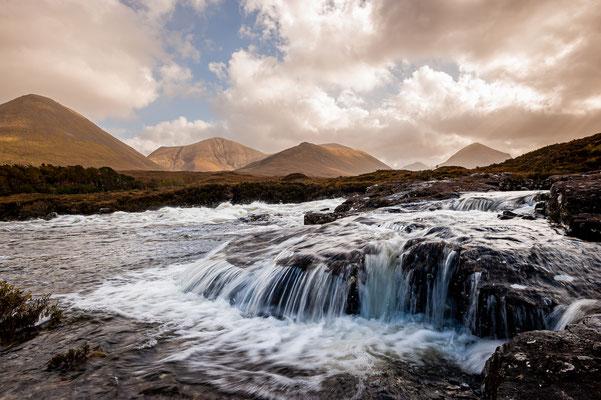 Bachlauf von Sligachan in den Highlands / Schottland (Bildnummer 111003_0781)