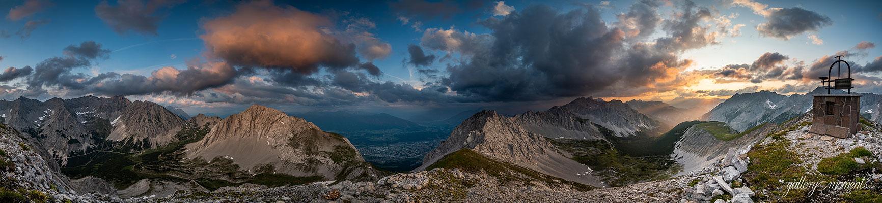 Abendstimmung über dem Karwendel und dem Inntal / Tirol (Bildnummer 0190717)