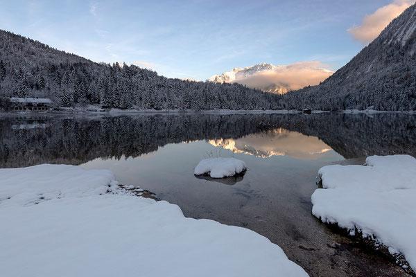 Winterstimmung am Ferchensee bei Mittenwald (Bildnummer 819961)