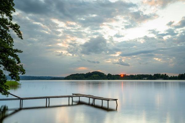 Die letzten Sonnenstrahlen am Staffelsee