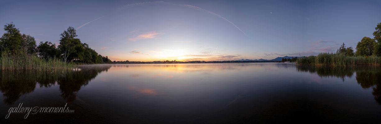 Panorama zum Sonnenaufgang am Staffelsee