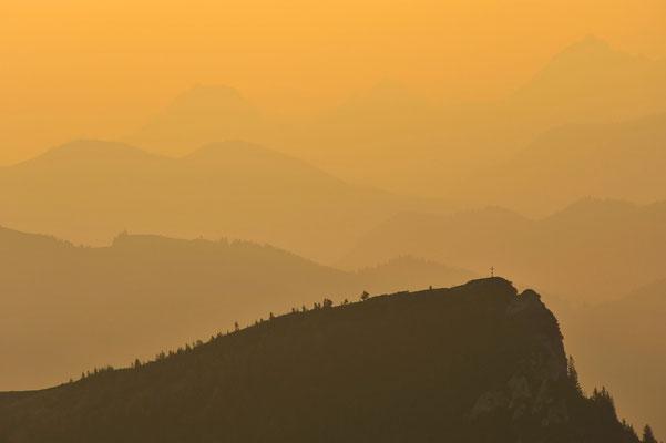 Silhouette des Latschenkopfes im sanften Morgenlicht / Deutschland (Bildnummer 7400)