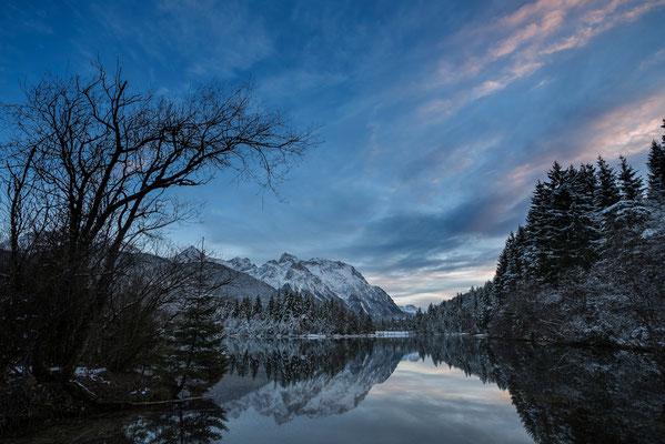 Winter am Stausee Krün mit Blick zum Karwendel / Deutschland (Bildnummer 756416)
