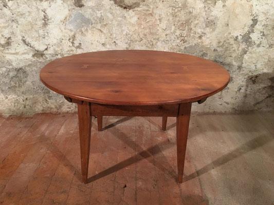 Kirscbaumtisch mit Schublade, Ø 127cm, H: 76.5cm