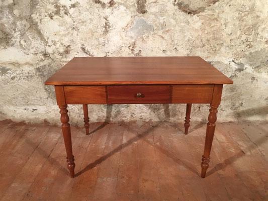 Kirschbaumtisch mit Schublade, 113 x 75cm H: 77.5cm