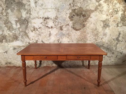 Birnbaumtisch mit 2 Schubladen, 178.5 x 104.5cm, H: 77.5cm