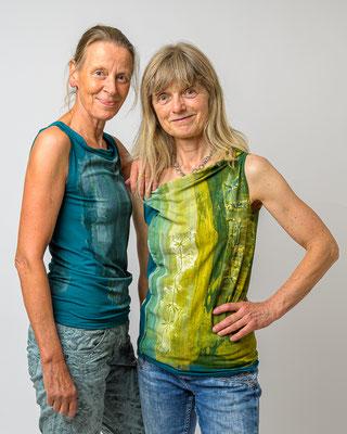 Shirts mit Siebdruck petrol Gr. 34 -36, 69 Euro, grün Gr. 36 - 40, 79 Euro