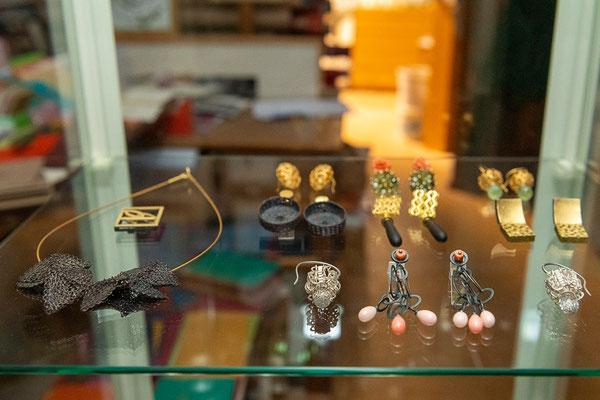 Zimelien der Gold- Silberschmiedin Caroline Krose