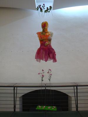 'happy dream shop' VKU-Winterausstellung, Ausstellungsbeteiligung, Spitäle Würzburg, Empore, 2011