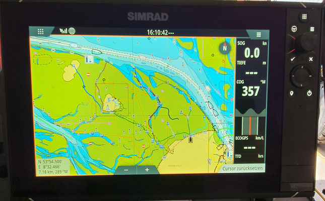 Der Kartenplotter mit den für uns wichtigen Wattwegen und Prielen © Freiwillige Feuerwehr Cuxhaven-Duhnen