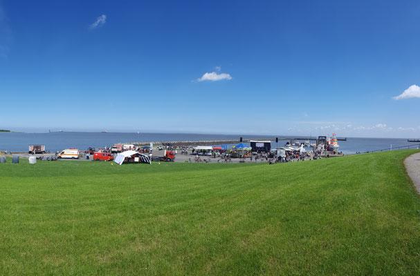 Das Festgelände am Fährhafen © FF.Cuxhaven-Duhnen