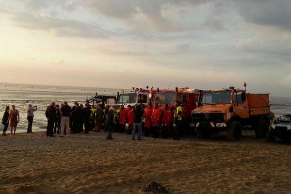Fahrzeugschau am Duhner Strand © Freiwillige Feuerwehr Cuxhaven-Duhnen