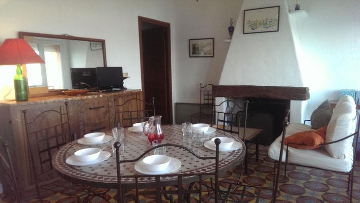 séjour avec cheminée Location Cap d'Agde