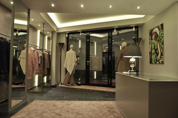 Eingangsbereich der JUSTIN REDDIG Boutique