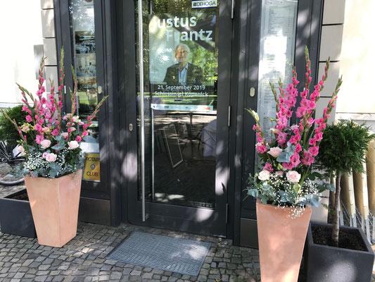 Eingangsdekoration vom Floristen
