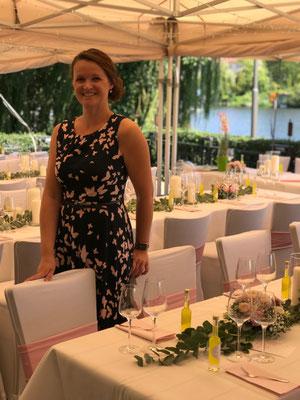 Hochzeitsplanerin Stefanie Frädrich ist glücklich, dass alles nach Plan läuft