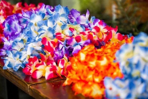 Hawaiiketten für die Gäste