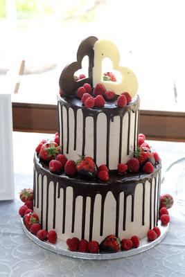 Hochzeitstorte als moderner Drip Cake - großartig und lecker