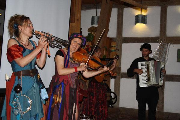 Hochzeitsplaner Berlin und Brandenburg - Mittelalter Hochzeit - Mittelalterband